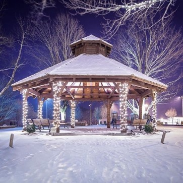 memorial park gazebo winter